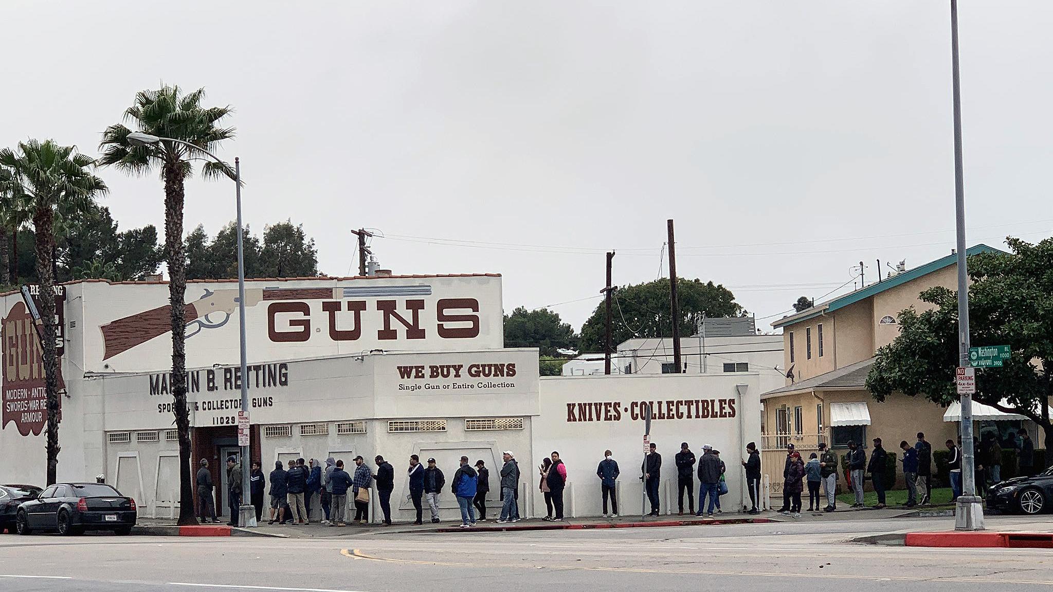 coronavirus panic buying, Gun store lines are growing across the country, stimulus checks guns, stimulus money guns