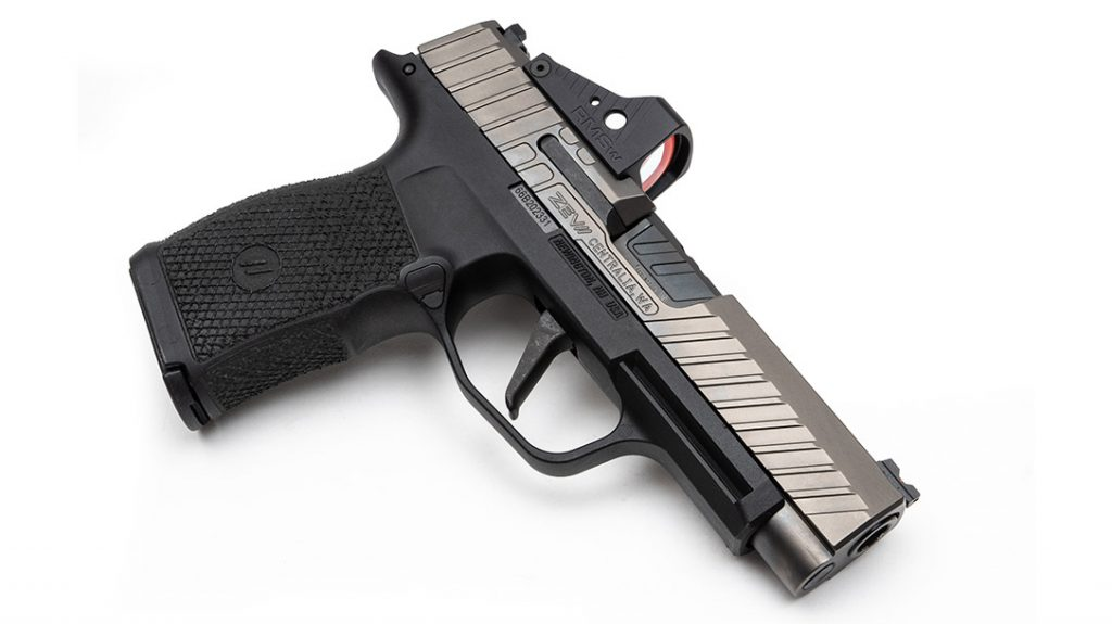 The lines on the custom Sig P365XL are clean and tight.