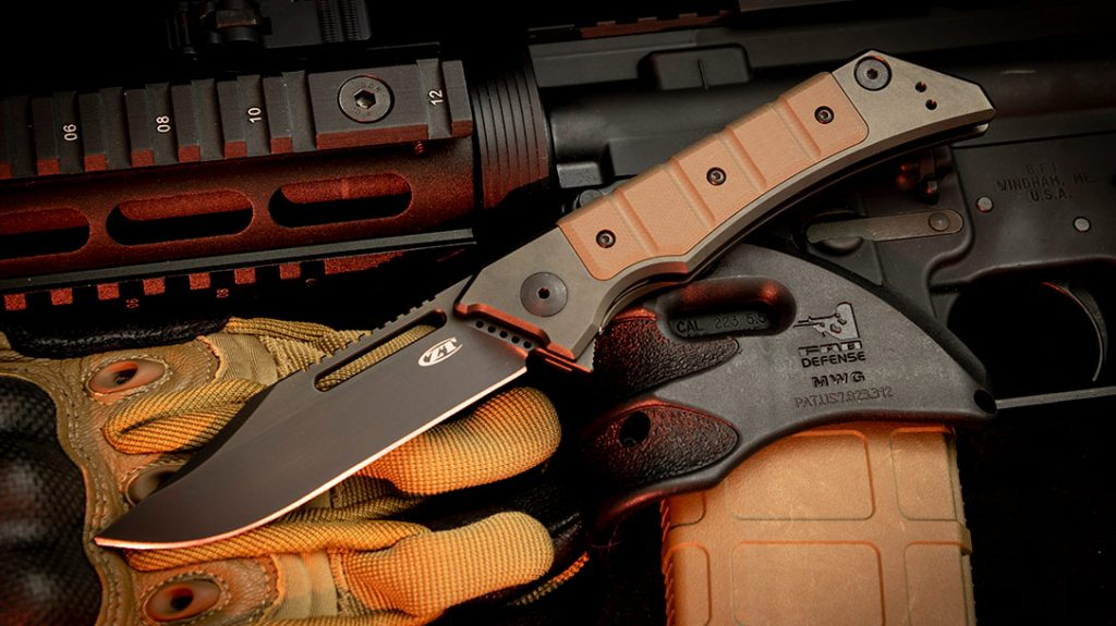 The Zero Tolerance Knives 0223 pays homage to the classic military knives of recent history.